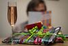 Der Tag, der zum Jahr wurde (AxelN) Tags: portrait reading bokeh porträt read presents geschenke sekt selfie selbstporträt champagner selbstauslöser bokehlicious