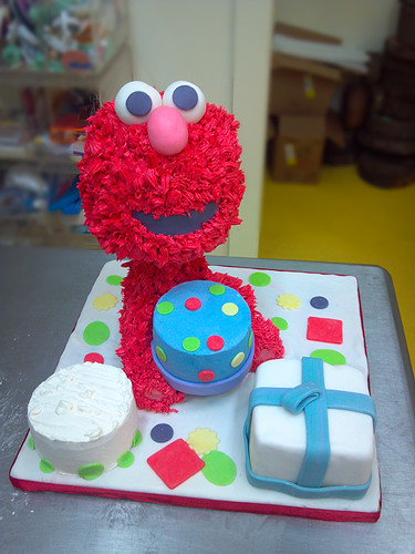 """Elmo inspired first year birthday cake. • <a style=""""font-size:0.8em;"""" href=""""http://www.flickr.com/photos/50891271@N03/16162307547/"""" target=""""_blank"""">View on Flickr</a>"""