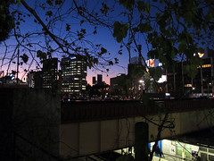 (Yorozuna / ) Tags: bridge station japan night tokyo evening twilight nightscape gradation    ichigaya      ichigayastation    aqueductbridge