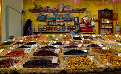 A Taste Of Florence (Vide Cor Meum Images) Tags: italy food yellow fruit florence lemon italian cherries colours fuji market central warmth stall banana textures scales tuscany finepix baskets firenze fujifilm vendor taste dried dates ananas cor limone jars spezie weighing vide aroma tuscan arancia goji hs20 ciliege meum markcoleman arome aromi amarene sultanina hs20exr mac010665yahoocouk videcormeumimages markandrewcoleman