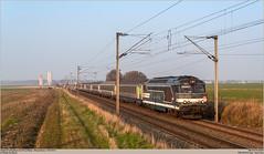 SNCF 567570 @ Nanteuil-le-Haudouin (Wouter De Haeck) Tags: paris picardie sncf ter parisnord laon anor oise corail hirson laplaine rff sociéténationaledescheminsdeferfrançais bb67000 nanteuillehaudouin brissonneauetlotz réseauferrédefrance transportexpressrégional l229