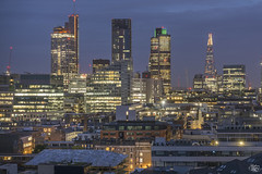 London (Umbreen Hafeez) Tags: london city cityscape uk gb england europe architecture night low light long exposure dark skyline building complex skyscraper outdoor twilight dusk blue hour roof shard tower 42 natwest chessegrater