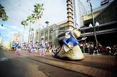 (golfpunkgirl) Tags: californiaadventure disneyparks la losangeles california america usa holiday travel parade disney pixar ava fun may2016 lomo lomography lcwide wide 17mm film lomography400 negfilm