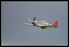 NORTH AMERICAN P-51D MUSTANG. 2 (adriangeephotography) Tags: sport photography flying fighter display aircraft aviation military transport jet saturday sigma hampshire airshow civil planes ww2 adrian gee bomber propeller farnborough d300 2016 150600 adriangeephotography