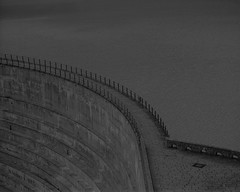 Grimselsee (widmerstefan) Tags: switzerland schweiz suisse svizzera bern grimsel stausee staumauer barrage grimselsee monochrom sw schwarzweiss bw blackandwhite noiretblanc mamyiarz67 kodaktmax rodinal filmphotography