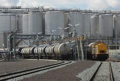 Vlaardingen, Vopak (Ahrend01) Tags: vopak vlaardingen shunter bediening tankopslag spoorvervoer