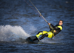 _D1I3067 (Samuli Koukku) Tags: sea sport watersport helsinki lauttasaari finland kiteboarding