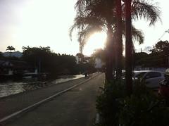 Foto de Paraty; Estado do Rio de Janeiro; Brasil. (Atelier Renata GAM) Tags: sol poente paraty brasil atelier renata gam