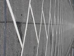 Z's it (eckbert.sachse) Tags: z parking parkplatz pr hamburg freeandhansatownofhamburg freieundhansestadthamburg germany poppenbttel muster pattern abstract abstrakt grey grau white weiss garage asphalt