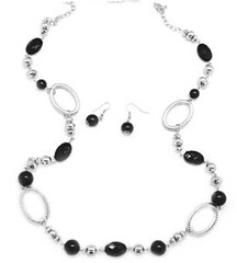 5th Avenue Black Necklace K4 P2140-1
