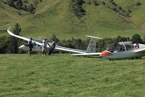 Preparing to launch - Kawhatau 2014