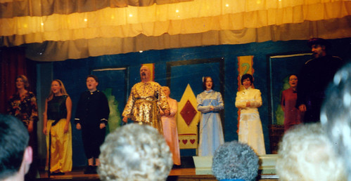 2000 Aladdin 35 (from left x, Donna Renshaw, x, x, Kelly Willis, Pauline Milner, Shelley Redgate, x)