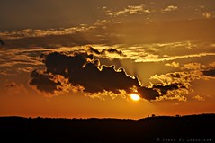 Sabadell, 13 febrer 2015, 18:06 (Perikolo) Tags: sunset sun sol atardecer puesta posta nvols sabadell capvespre nubesclouds