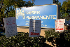 Kaiser Protest Signs (ZenzenOK) Tags: signs sign psychiatry democracy nikon dof sandiego union protest january kaiser boycott protesters handmadesign kaiserpermanente 2015 d80 zenzenok sandiegopeople laborrelations nuhw nationalunionofhealthcareworkers