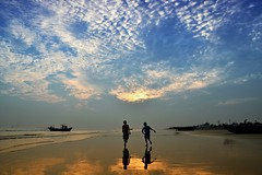 Mandarmani...... A Virgin Beach with Serenity (pallab seth) Tags: travel friends sunset cloud india playing colour tourism nature boys silhouette kids landscape boat fishing asia fishermen candid dreamy bengal mandarmani indianlandscapephotography