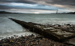 Outlet (Neillwphoto) Tags: seaweed beach clouds rivertay broughtyferry stones pebbles nd3stop