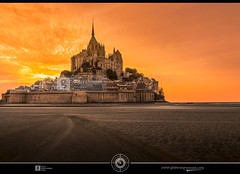 Mont St-Michel Sunset DRI  [ Getty Images ] (jean271972) Tags: sunset sky france beach church monument abbey wall architecture landscape sand sable bretagne ciel getty normandie fortification paysage plage dri eglise gettyimages montstmichel abbaye digitalblending couherdesoleil pixelistes jean271972 availableatgettyimages jeansurprenant