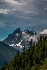 Valle des Merveilles (Frdric Fossard) Tags: nature valle fort sapin flancdemontagne ciel nuage cimes crtes artes aiguillesdechamonix alpes hautesavoie france massifdumontblanc glacier grandscharmoz blaitire aiguilleduplan atmosphre