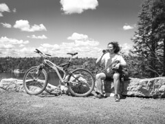 Thirsty (tinta saloia) Tags: thirsty biker mountainbike lakeminnewaska blackandwhite nature trail specialized 1997 ground control a1