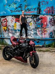 P1200281 (O.Th Photographie) Tags: fighter motorrad blutwurst prchen industrie alt ps gefhrlich grafiti look badboy elbside fighters