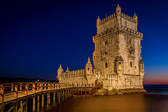 La torre de Belm (Job I) Tags: belem tower torre architecture city landscape lisboa lisbon portugal europe stone castle old beauty building medieval travel world monument night twilight dusk blue long exposure dark artificial reflections bridge tourism