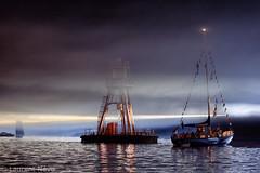_4LN6373: Le Korrigan (Brestitude) Tags: feudartifice fireworks korrigan brest brest2016 fte maritime vieuxgrements old sailship port harbor brittany breizh bretagne ville town city nuit night harborlaurentnvo2016
