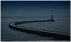 Roker Dredging (Hugh Stanton) Tags: pier roker lighthouse dredger twilight appickoftheweek