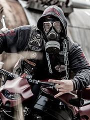 P1200610 (O.Th Photographie) Tags: fighter motorrad blutwurst prchen industrie alt ps gefhrlich grafiti look badboy elbside fighters