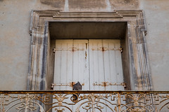 Rusty Roost (John fae Fife) Tags: bird fujifilmx pigeon xe2 hrault balcony pzenas france