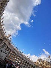 No big deal ... I only had the phone , I hate taking pictures with it but this has touched my soul. (paolo bonfanti) Tags: san pietro bernini colonne cielo nobigdealionlyhadthephone ihatetakingpictureswithitbutthishastouchedmysoul religione sacro roma papa lg g3s