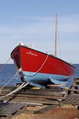 Amora (cdb41) Tags: amora deal kent foreshore beach boat