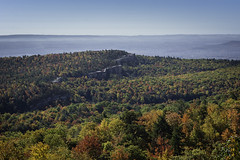 DSC_3265 (Stephen Biebel Photography) Tags: landscape northeastern leaves changing autumn fall october minnewaska newyork woods forsest trees hiking overlook scenic vistas view colors