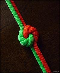 Mandala knot variation (Stormdrane) Tags: paracord mandalaknot stormdrane hobby craft neon green orange edc everydaycarry tie braid weave variation tutorial howto diy