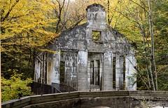 DSC_0263 (PaulPagPhotos) Tags: ruins carbidewilson mills gatineaupark fall fallcolours leaves oldbuildings abandonedplaces abandonedbuildings heritage autumn