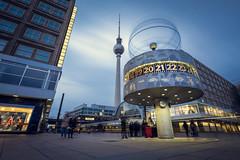 Weltzeituhr am Alexanderplatz - Berlin (derultrazauberer) Tags: longexposure urban berlin canon deutschland filter nd alexanderplatz architektur stativ canon6d canon1635lf4isusm