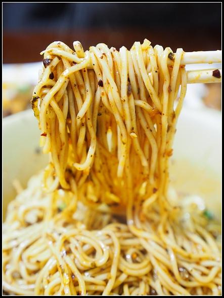 台北美食 ▎宜賓燃麵 @ 近南機場夜市