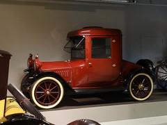 1914 Hupmobile 32 Coupe (Skitmeister) Tags: auto holland classic netherlands car museum vintage automobile den voiture oldtimer haag muzeum niederlande classique klassiker pkw машина klassieker авто louwman carspot skitmeister