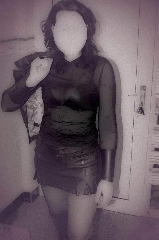 chaudasse sexy jupe pute