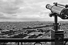 Tour Eiffel (jujuchiches) Tags: voyage city trip travel light sky blackandwhite bw white black paris france art beautiful architecture canon buildings landscape amazing photoshoot shot paisaje exposition photograph lovely elegance canon550d