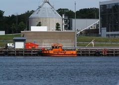 Boatman (blondinrikard) Tags: gteborg summer july 2016 sweden gothenburg sverige workboat boatman boatman9 boat orange bt sfc9418 mooring harbor hamn