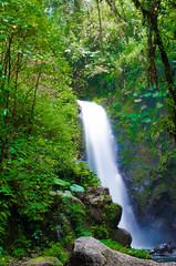 DSC_0822 (errolviquez) Tags: familia hijos paseos costa rica bela ja naturaleza catarata sobrinos
