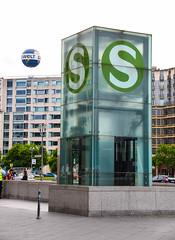 Bahnhof Potsdamer Platz (Maria Eklind) Tags: building berlin architecture germany de europe outdoor potsdamerplatz sonycenter tyskland