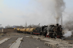 I_B_IMG_8232 (florian_grupp) Tags: asia china steam train railway railroad bayin lanzhou gansu desert landscape loess mountains sy ore mine 282 mikado steamlocomotive locomotive