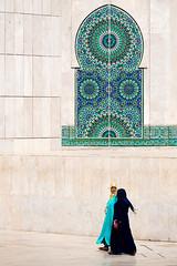 Femmes ((Imagine)) Tags: panasonicdmcgx80 2016 morocco lumixgvario35100mmf28 casablanca people streetphotography