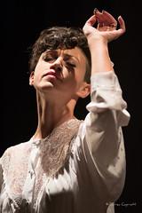 -00065AND_0253 copia (andreacap1972) Tags: ritratto bellezza teatro donna sfondo nero