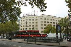 """""""Hotel Kempinski"""" am Kudamm (Carl-Ernst Stahnke) Tags: berlin kurfrstendamm ubahn einkaufspassage zentrum"""