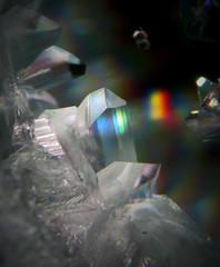 Glycine 1 (Sea Moon) Tags: rainbow crystal science growth chemistry micro chemical crystallized prismatic aminoacid