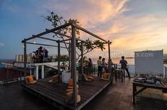 Balin Rooftop, Nak Hotel (sabaheats) Tags: sunset red rooftop town cocktail borneo dining sabah happening hangout balin sandakan