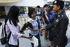 20150214-เลือกตั้งที่ลัก -54 (Sora_Wong69) Tags: people thailand bangkok protest police liberalism activist politic assembly coupdetat nonviolenceaction supportelection
