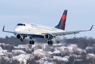 Delta Connection (Compass Airlines) Embraer E-170 N749CZ KCMH 06JAN15